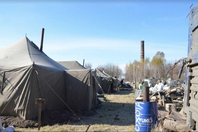 У Глухові замерзають солдати 58-ї бригади, мер у відпустці, - ЗМІ - фото 1