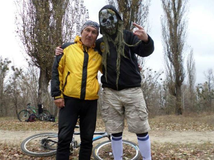 В Полтаві пройшов велопробіг з нагоди свята Хелловін - фото 1
