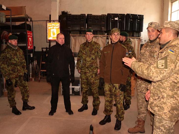 Естонські сапери переймали досвід роботи українських колег в Кам'янці - фото 2