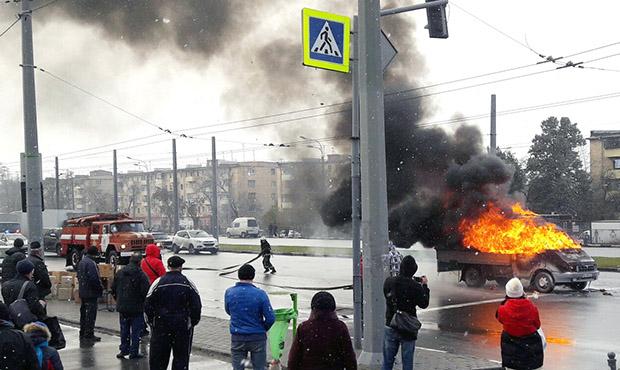 """На проспекті Гагаріна згоріла """"Газель"""" - фото 1"""