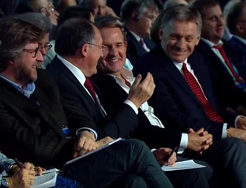 Як Медведчук у Сочі реготав з Пєсковим під час виступу Путіна - фото 1