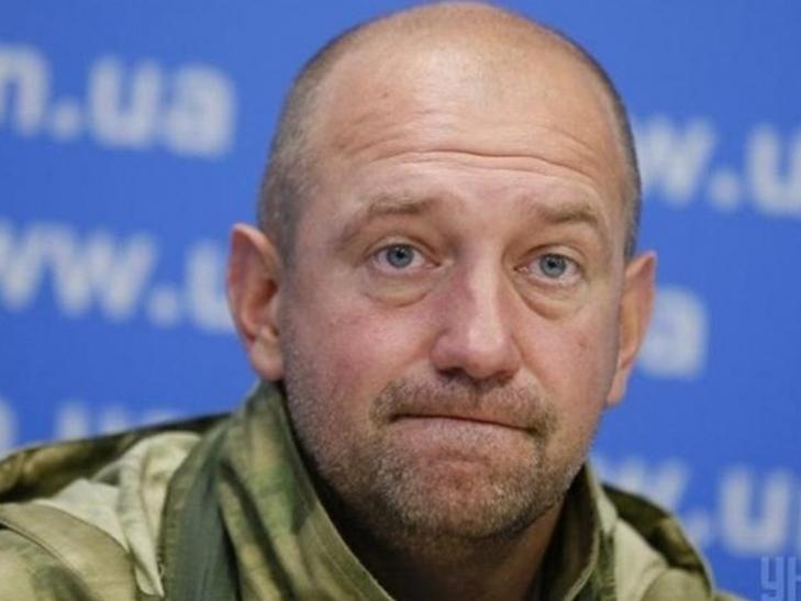 """Нардеп Мельничук пересів з """"Лексуса"""" на """"Ленд Крузер""""  - фото 1"""