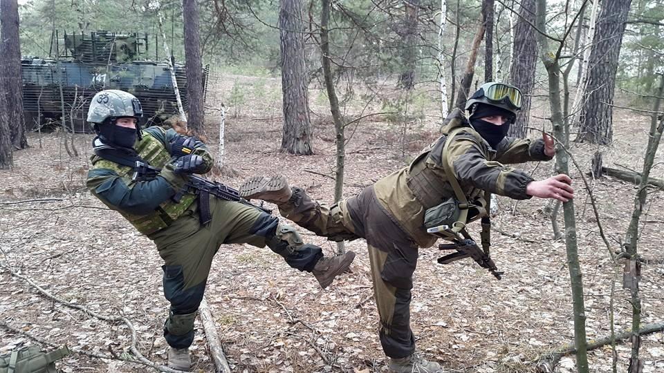 Армійські софізми - 22 (18+) - фото 11