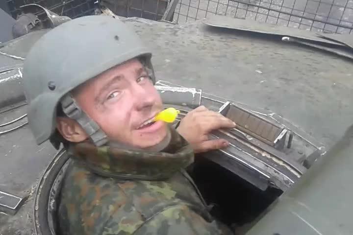 Той самий Валера Ананьєв з ВДВ: про те, чому пішов з армії, найбільший страх в житті та дівчину своєї мрії - фото 3