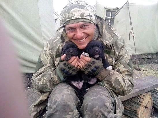 Чим займаються на Донбасі найкращі друзі бійців АТО - 10 - фото 11