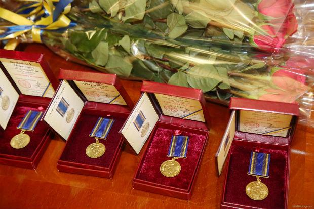 У Харкові керівник області Світлична вручила державні нагороди учасникам АТО - фото 2