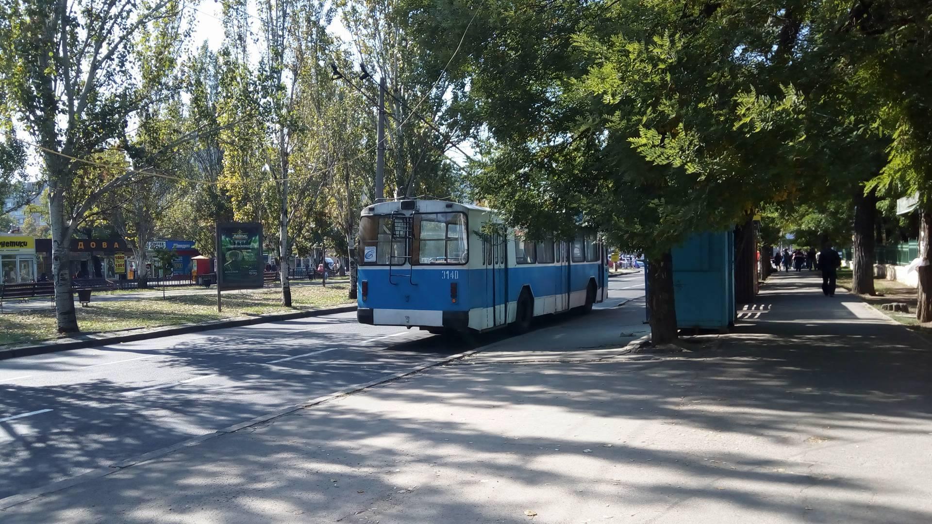Центр Миколаєва заблоковано через обвал електроопори (ОНОВЛЕНО) - фото 3