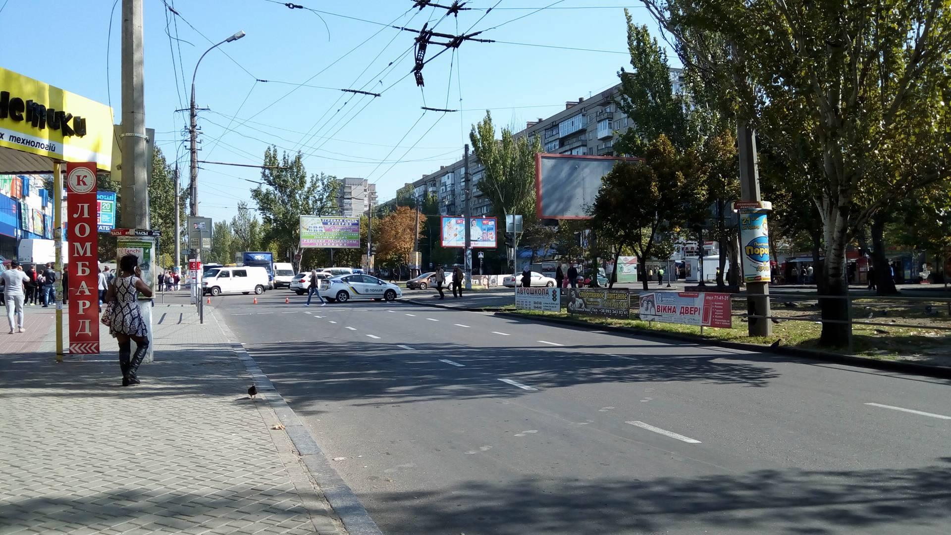 Центр Миколаєва заблоковано через обвал електроопори (ОНОВЛЕНО) - фото 2