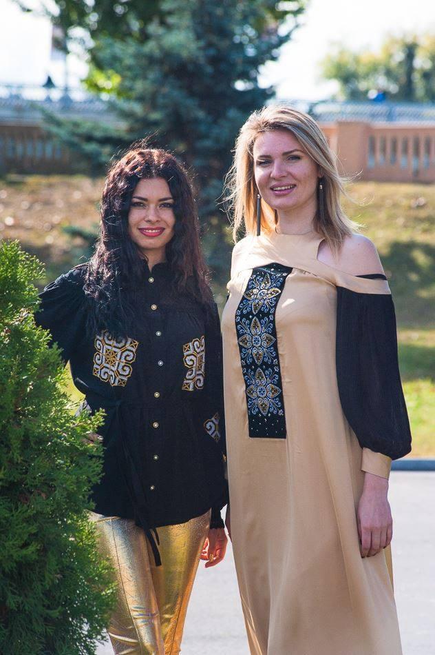 """Вінницька дизайнерка Теренчук """"заміксувала"""" у новій колекції культури країн світу - фото 2"""