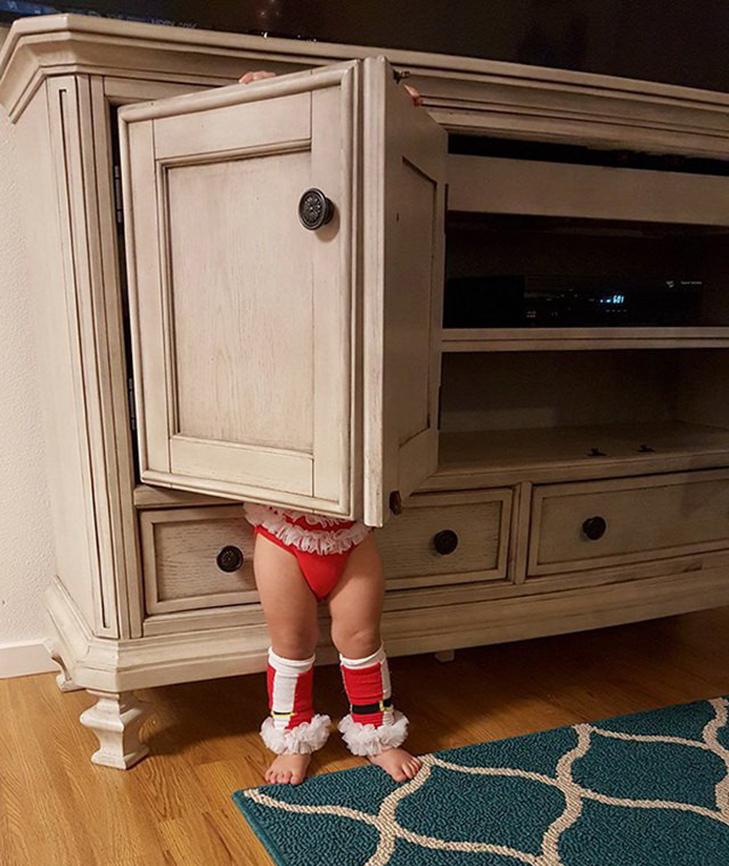 30 кумедних прикладів, як діти грають в хованки - фото 27