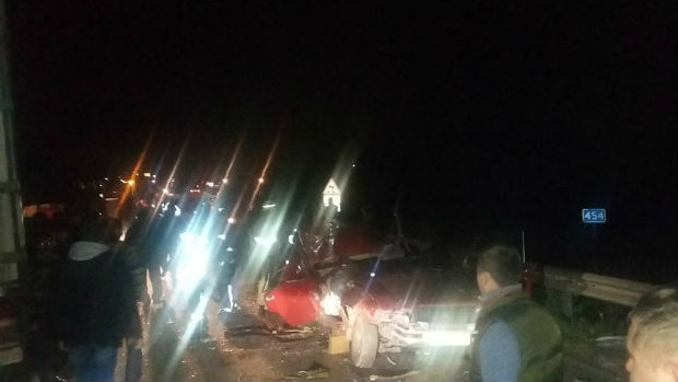 Під Харковом через страшну аварію утворився величезний затор, - очевидець - фото 4
