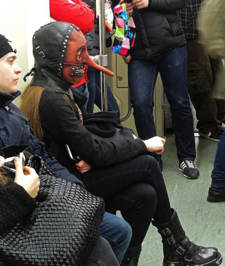 30 нелепых фото девушек, которые не должны были попасть в Интернет- фото 16