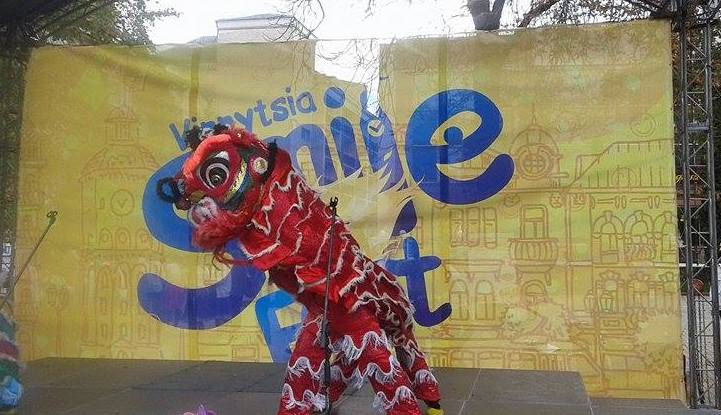Вінничани відсвяткували день смайла - фото 2