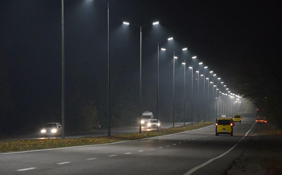 На виїзді з Вінниці встановили сотню нових ліхтарів  - фото 1