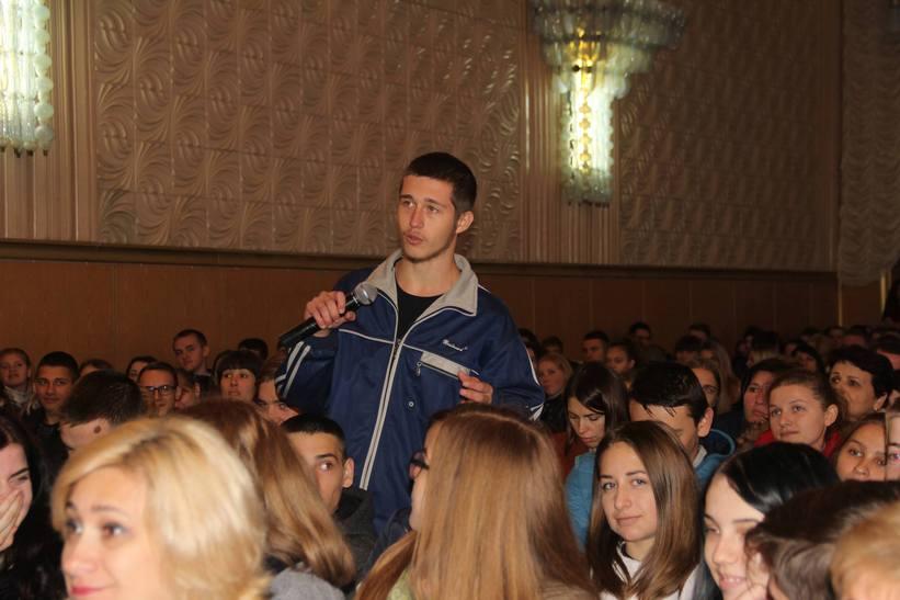 Міністр Петренко пожалівся вінницьким студентам на свою маленьку зарплату - фото 1