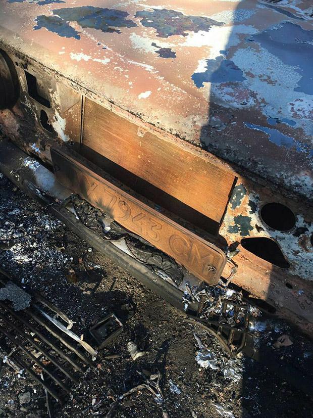 Патрульні знайшли згоріле авто - фото 1