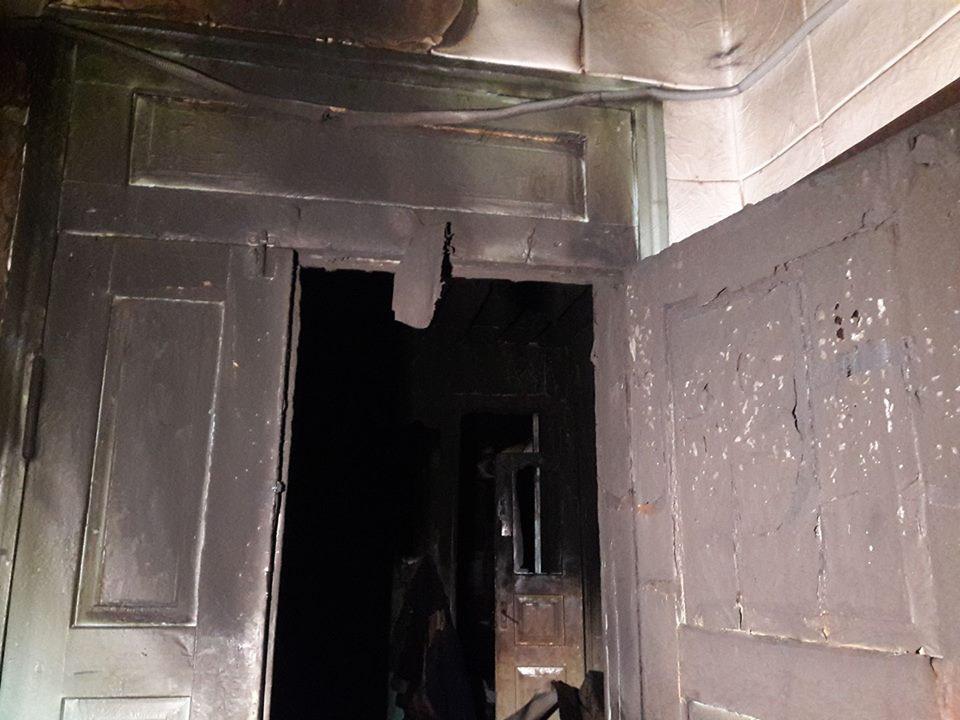 Багатодітна мама під час пожежі  втратила чоловіка, сина й свекруху і залишилась на вулиці з чотирма дітьми - фото 5