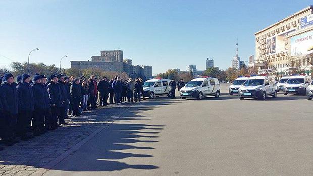 У Харкові представники місії Євросоюзу передали поліції нове обладнання - фото 2