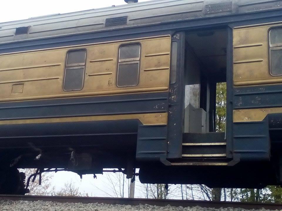 Вінницькі рятувальники розповідають подробиці смертельної аварії на залізниці - фото 2