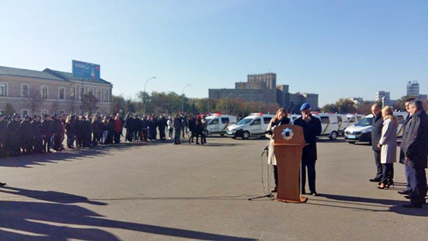 У Харкові представники місії Євросоюзу передали поліції нове обладнання - фото 1