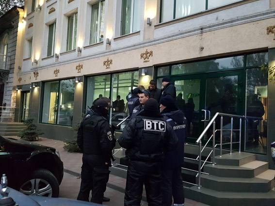 """У Миколаєві """"мінували"""" офіс """"Прометея"""", де проводили обшуки"""
