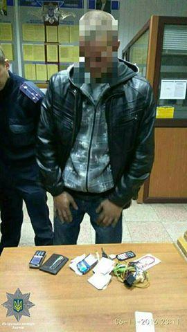 На селищі Жуковського затримали викрадача автомобіля (ФОТО) - фото 1
