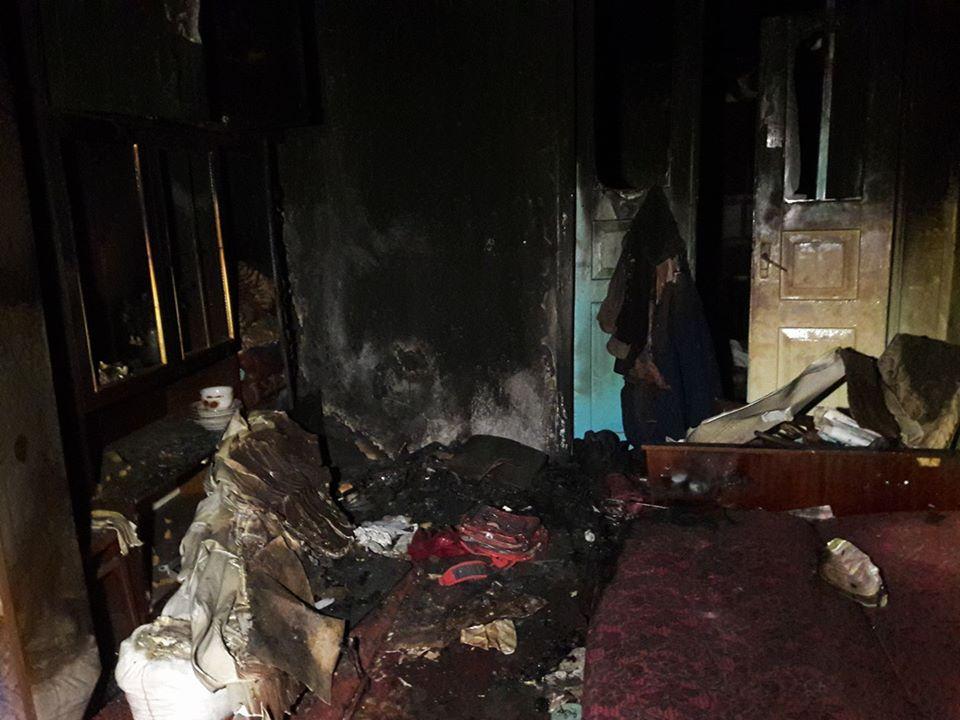 Багатодітна мама під час пожежі  втратила чоловіка, сина й свекруху і залишилась на вулиці з чотирма дітьми - фото 3