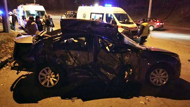 У Харкові кількість постраждалих у ДТП з маршруткою збільшилася до 10 осіб - фото 2