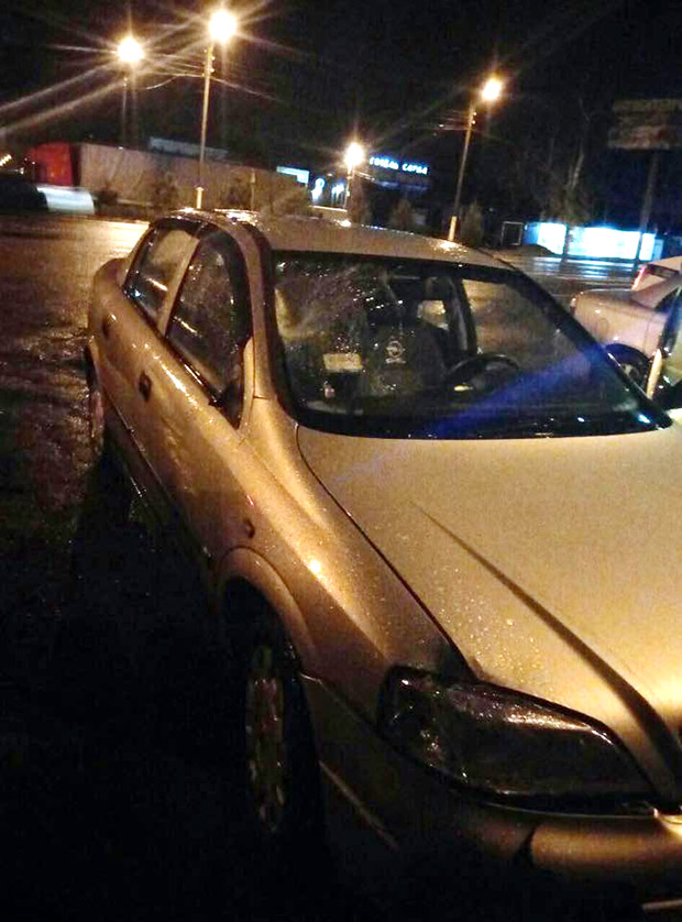 У Харкові автомобіль збив двох пішоходів та зник з місця ДТП - фото 3