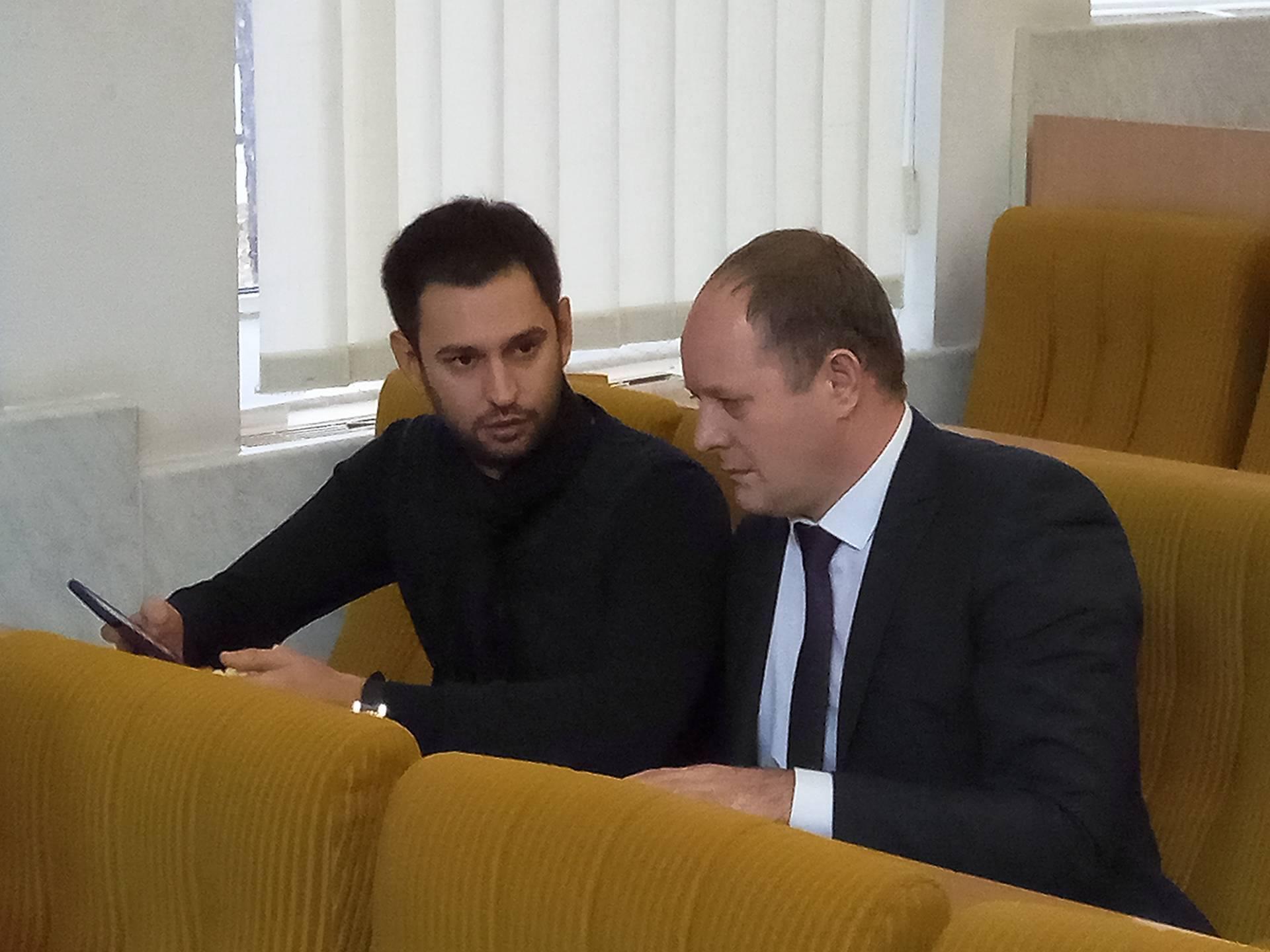Сесія Миколаївської облради розпочалася з проблеми з системою голосування (трансляція)