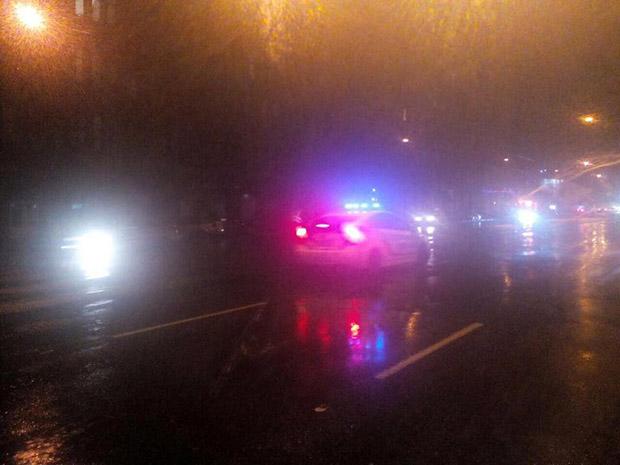 У Харкові автомобіль збив двох пішоходів та зник з місця ДТП - фото 2