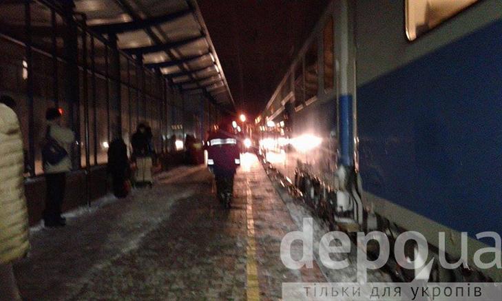 Тіло чоловіка, якого вбили в поїзді, повезли до вінницького моргу - фото 3