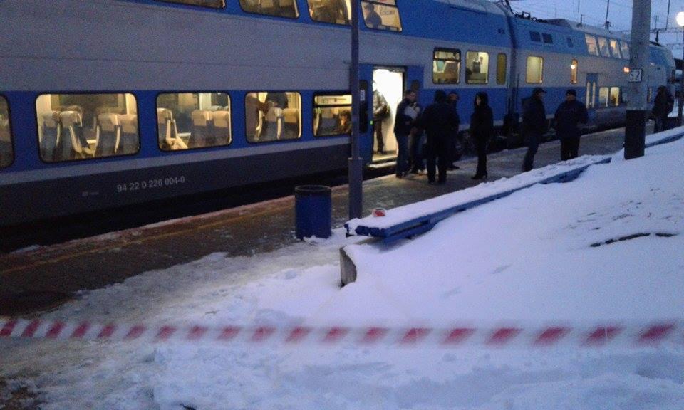 """Двоповерховий потяг """"Шкода"""", в якому зарізали пасажира, досі стоїть у Вінниці - фото 1"""