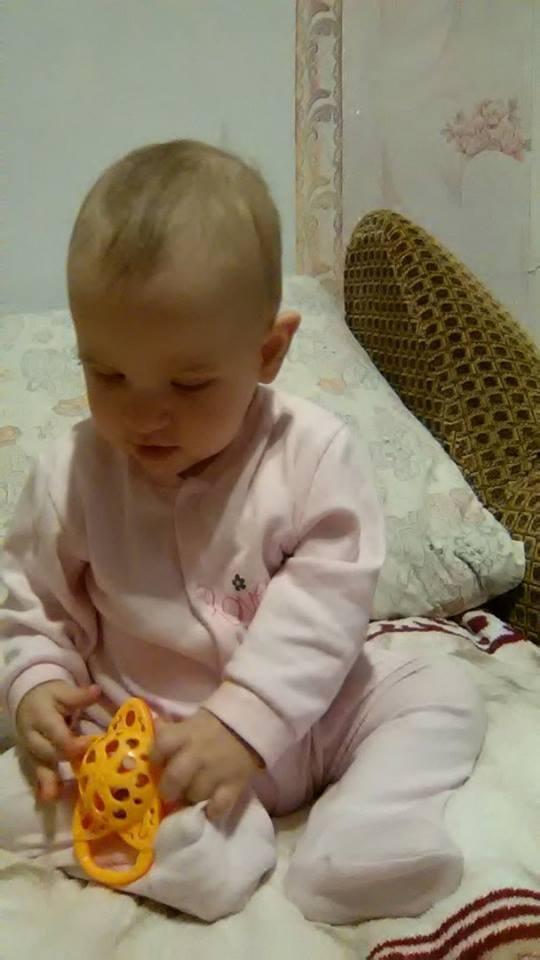Фільм про вишиванку допоміг зібрати 6,5 тис. грн. для маленької незрячої вінничанки - фото 2