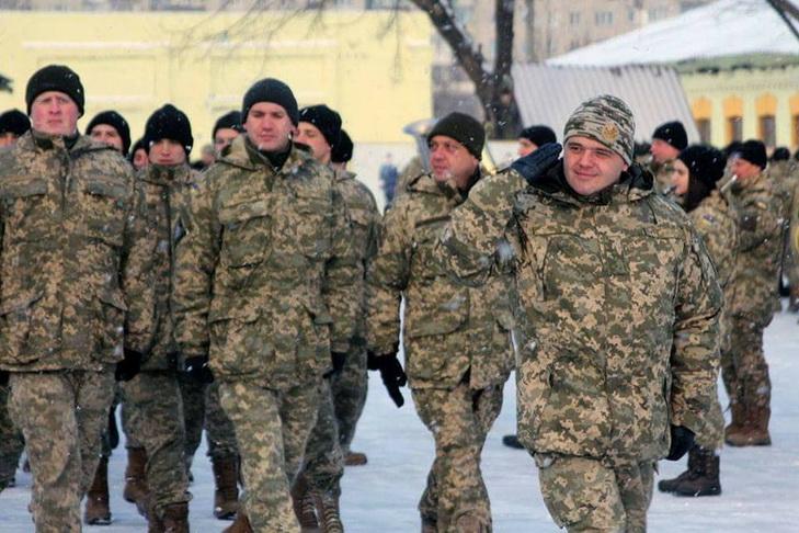 У Дніпрі військові нагородили волонтерів медалями - фото 4