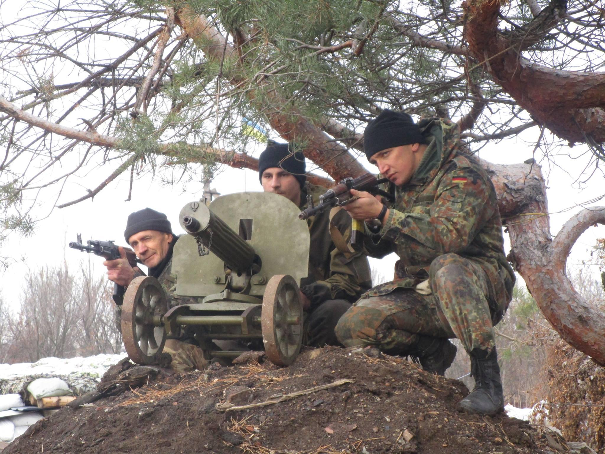 Записки з АТО: Війна очима добровольця, який воює у Мар'їнці (ВІДЕО, ФОТО) - фото 4