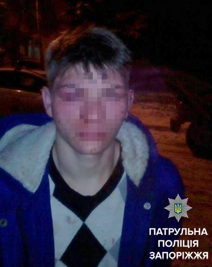 У Запоріжжі 18-річний хлопець влаштував погром у супермаркеті - фото 2