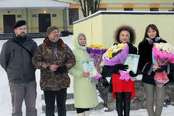 У Дніпрі військові нагородили волонтерів медалями - фото 1