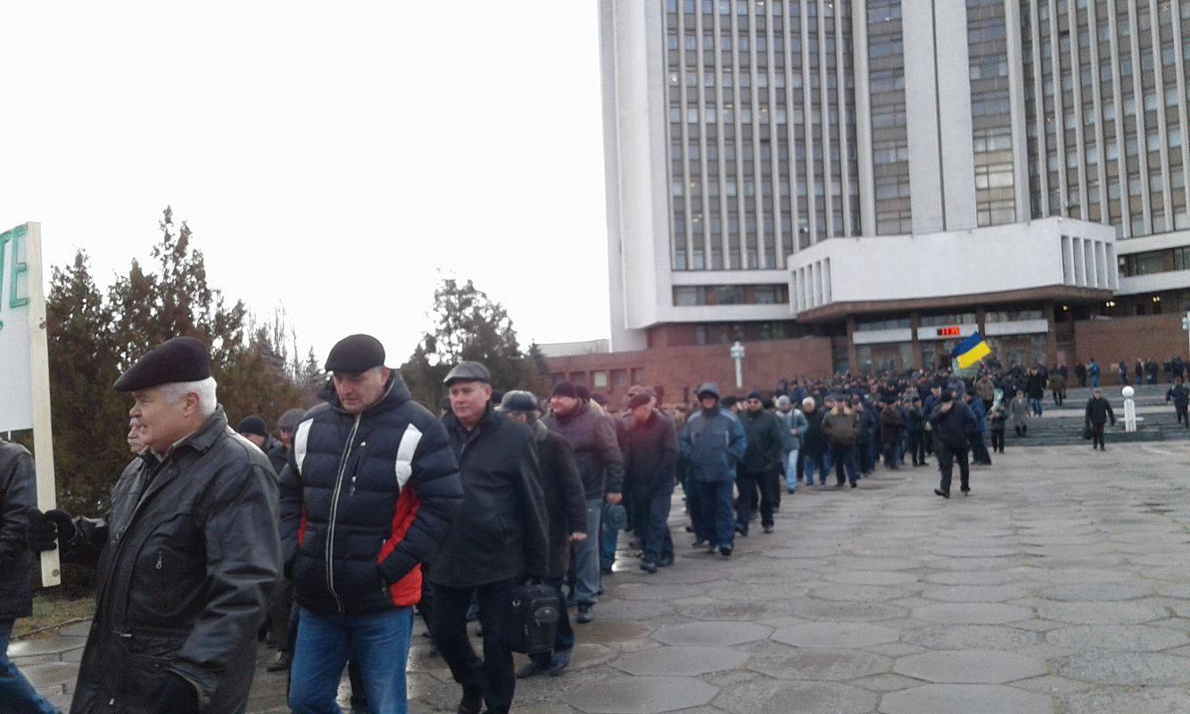 У Вінниці збунтувались колишні міліціонери: Вимагають збільшення пенсій та відставки Авакова - фото 3