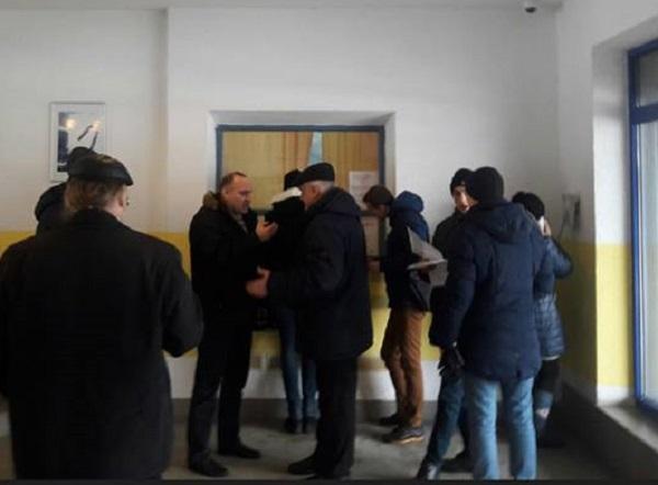 """Скандальний нардеп засвітився на """"закритій"""" сесії у новомосковську? - фото 2"""