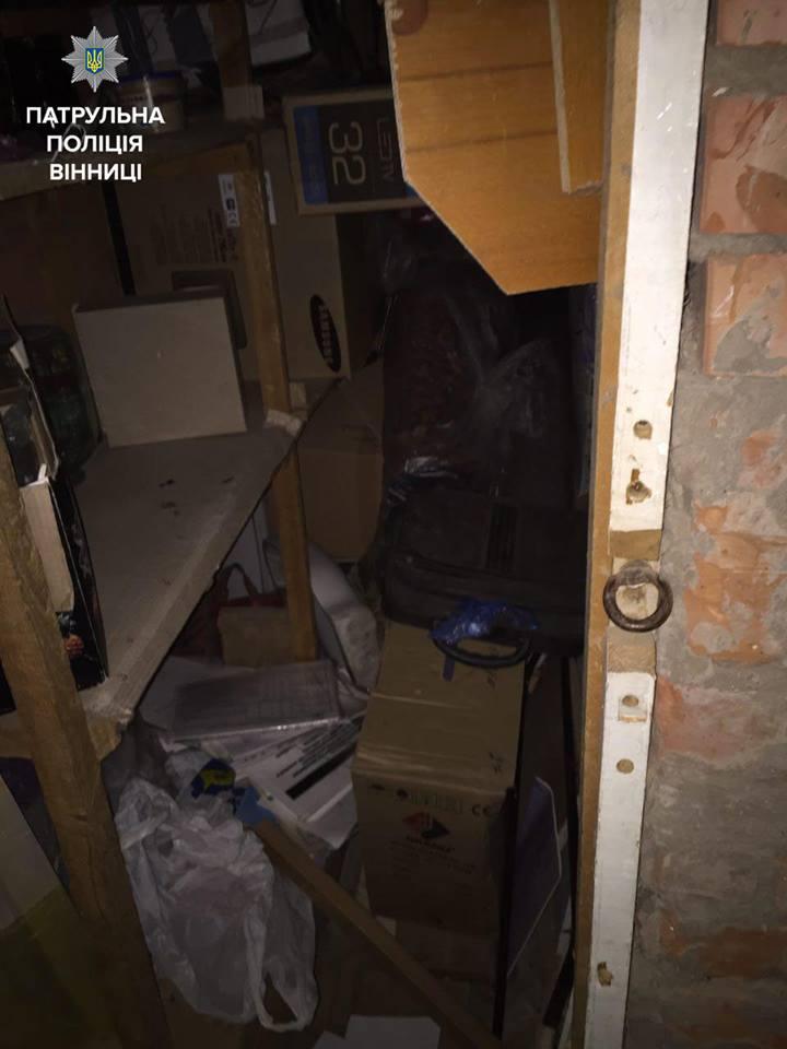 """Двоє вінничан накрали дитячих велосипедів і втікали на """"Мерсі"""" - фото 5"""
