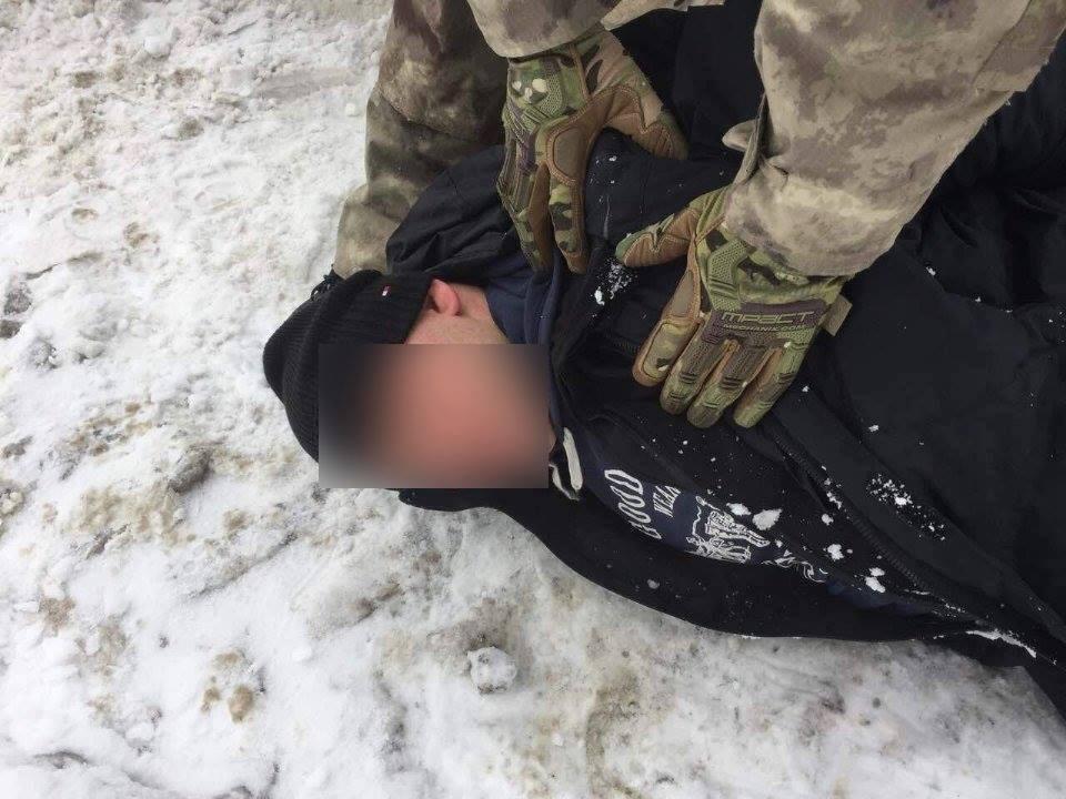 У Харкові екс-правоохоронці потрапили в банду та напали на бізнесмена (ФОТО) - фото 7
