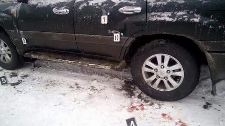Біля Дніпра розстріляли охоронців та автівку поліції - фото 1