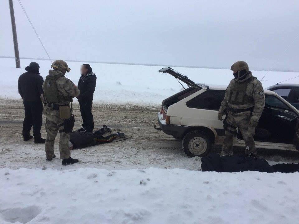У Харкові екс-правоохоронці потрапили в банду та напали на бізнесмена (ФОТО) - фото 6