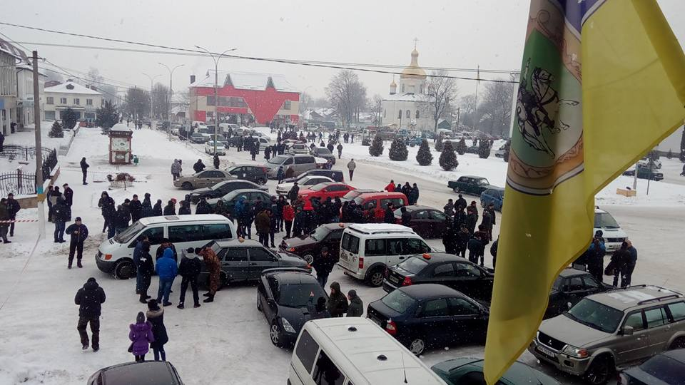 """Кривавий понеділок в Олевську: Чому озброєні львів'яни розстріляли місцеву """"братву"""" - фото 4"""