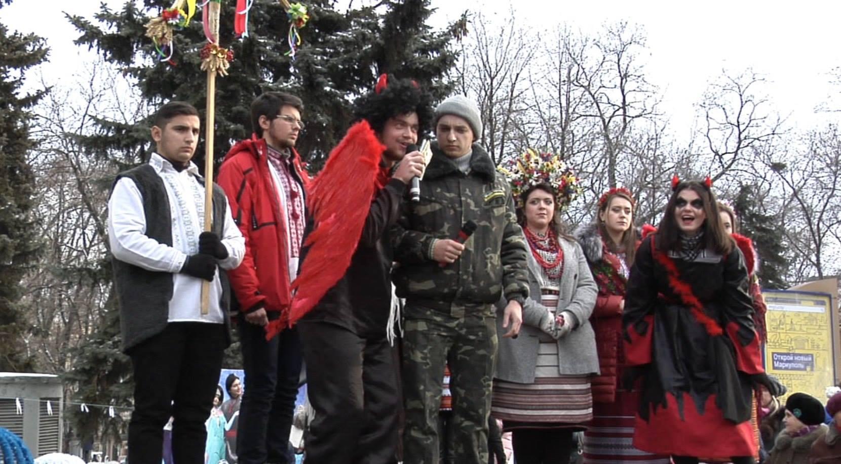 Як у Маріуполі щедрував вертеп зі Львова (ФОТО) - фото 1