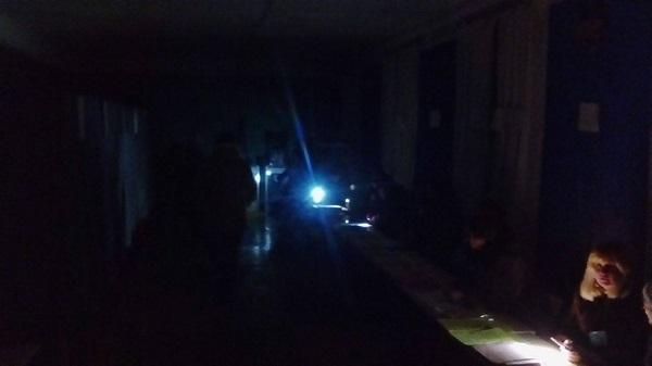 Вибори селищних голів на Дніпропетровщині: Ліхтарики у темряві і зайві бюлетені - фото 1