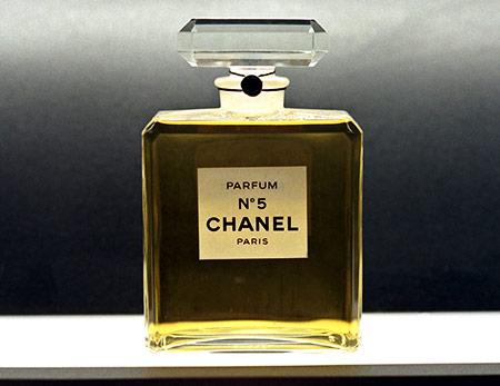 35 порад Коко Шанель про чоловіків, несмак та лінивих жінок - фото 3