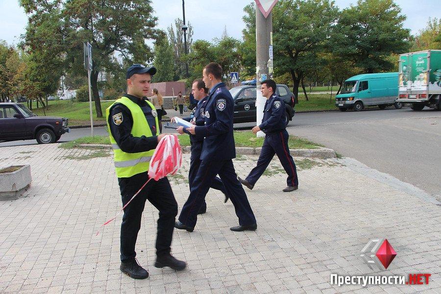 """У Миколаєві через вибухонебезпечний """"металобрухт"""" перекрили цілий квартал - фото 5"""