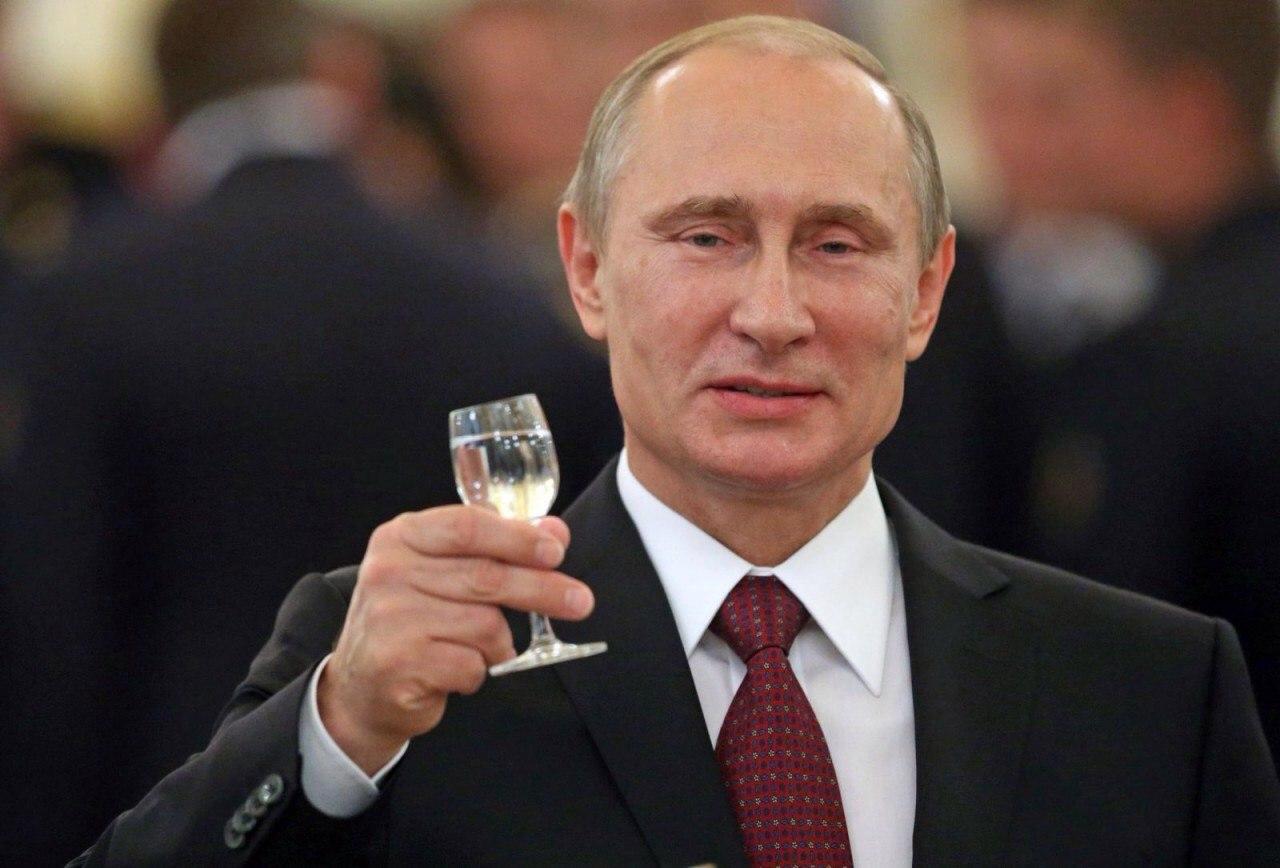 """""""С Днем Рождения, наш Великий Царь"""" - як ватники вітають Путіна з днем народження - фото 1"""